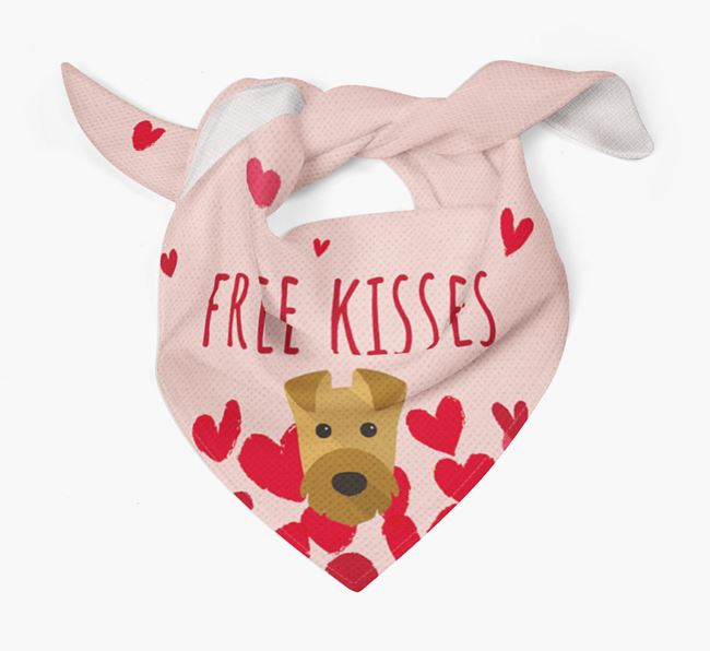 'Free Kisses' Bandana with Airedale Terrier Icon