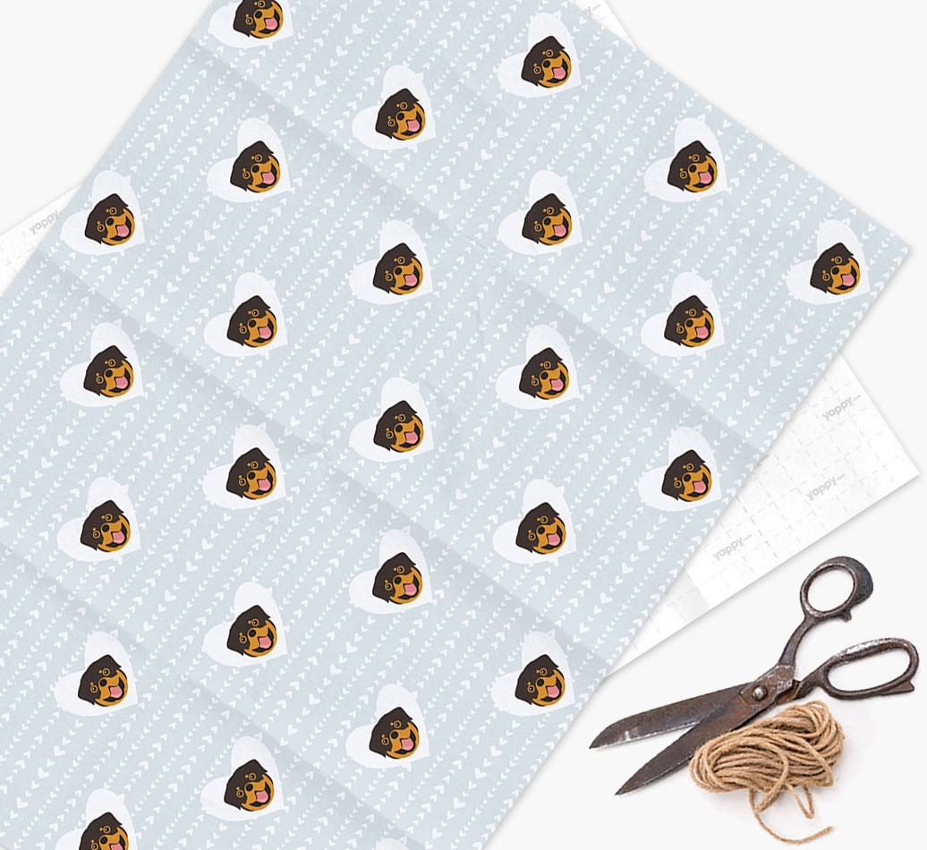 Wrapping Paper 'Hearts' with Rottweiler Icons