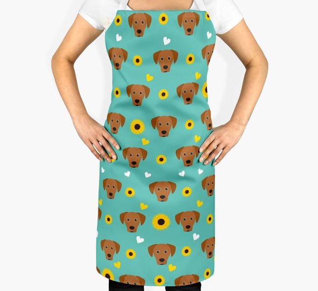 Sunflower Pattern Apron with Blue Lacy Icons