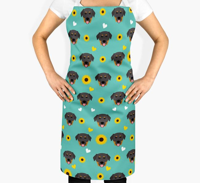 Sunflower Pattern Apron with Golden Labrador Icons