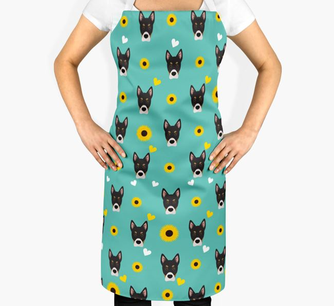 Sunflower Pattern Apron with Siberian Cocker Icons